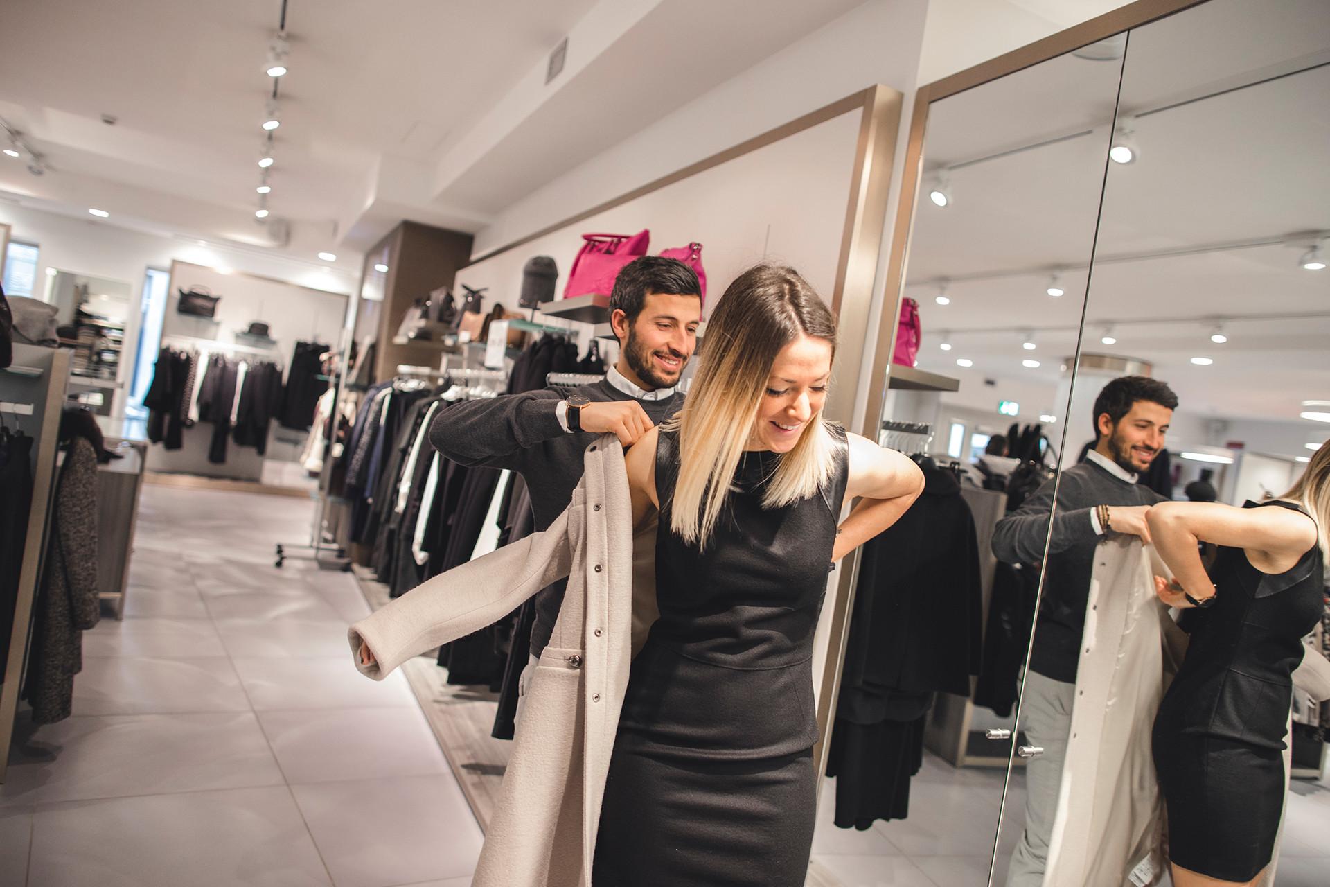 Fedrizzi Abbigliamento Donna Abbigliamento Moda Fedrizzi Trento Trento Moda  Abbigliamento Donna dwUqEa 71f0d969fb9